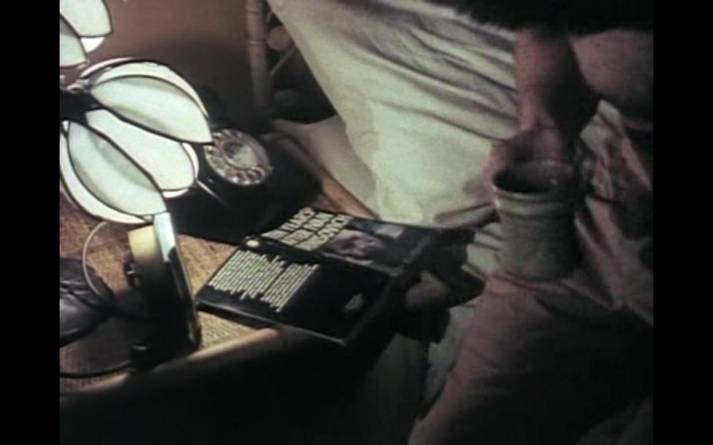 The Professionals, series 1, episode 9: bedtime reading